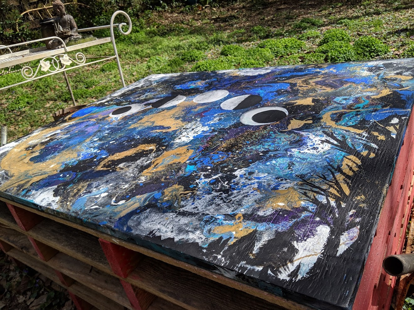 Moon Cycles outdoor palette bench topper