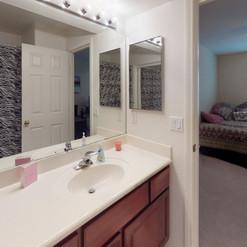 35 Bathroom 3 Downstairs.jpg