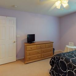 20 Bedroom 2.jpg