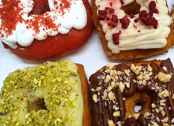 Pick & Mix Box - 4 Doughnuts & Cinnamon Buns