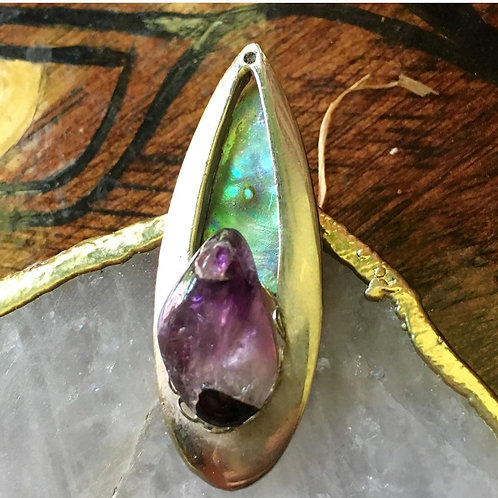 Abalone fell in love with Amethyst