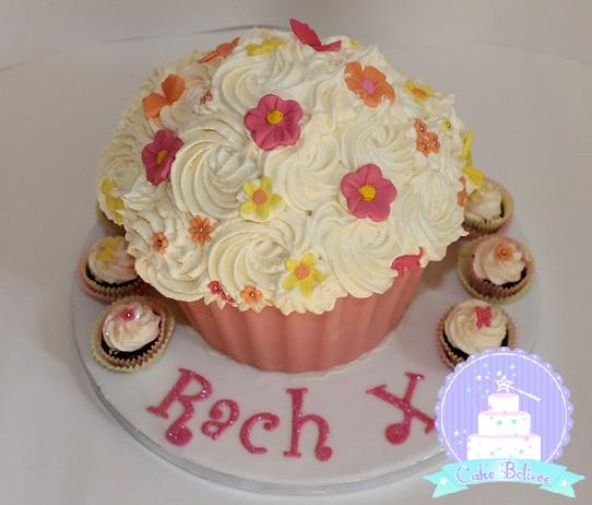 giant cupcake 2 (2)
