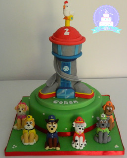 Paw Patrol with Lookout Tower and pups
