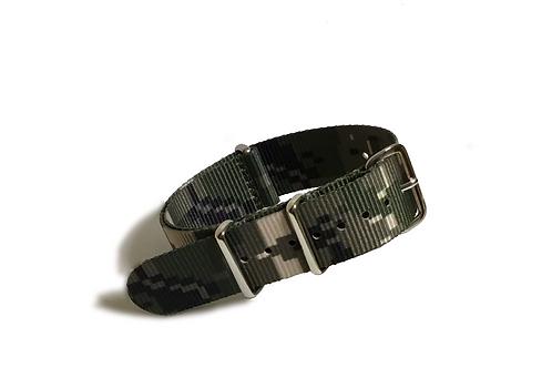 Signature Line Nylon - Digital Camo M1 (20mm)