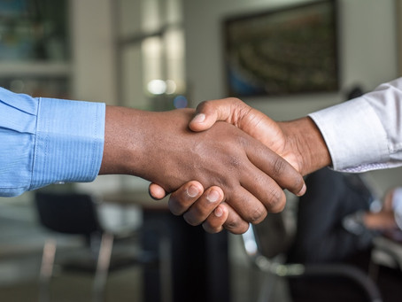 THE 7 KEYS TO SELLING TO LARGE COMPANIES AND ORGANIZATIONS