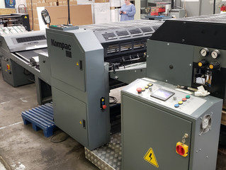 "2014 Kompac Kwik Finish 32 Coater UV/Aqueous Spot/Flood Coating and Priming 22.00"" x 31.50"