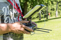 Drohnenpilot + DJI Inspire Controller
