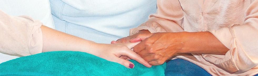 Handmassage_edited.jpg