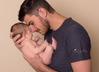 Newbornsessie met mama en papa