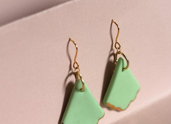 Lime fan hook earrings