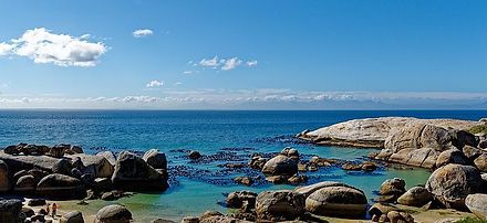 800px-Boulders_Beach,_South_Africa.jpg