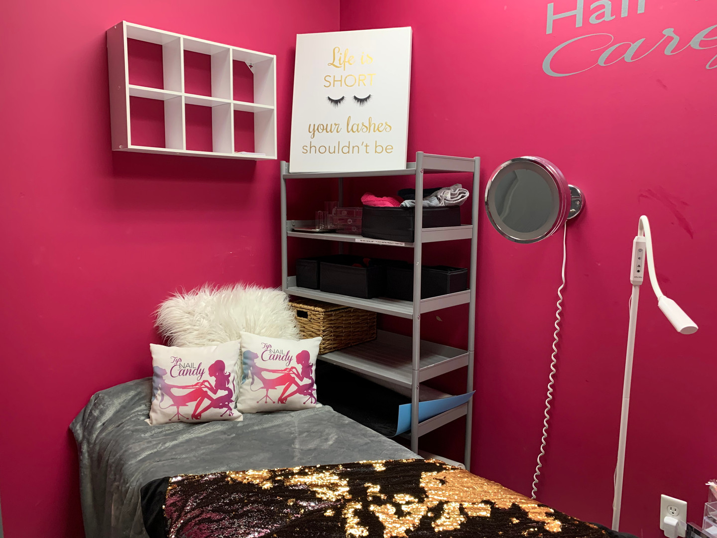 Ty's Nail Candy: Lash Room
