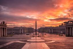 freepik-vatican-city-square-sm.jpg