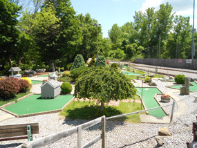 Miniature Golf in Winsted CT 10.jpg