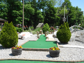 Miniature Golf in Winsted CT 11.jpg