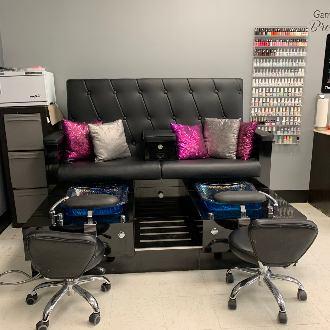 Ty's Nail Candy: Pedicure Station