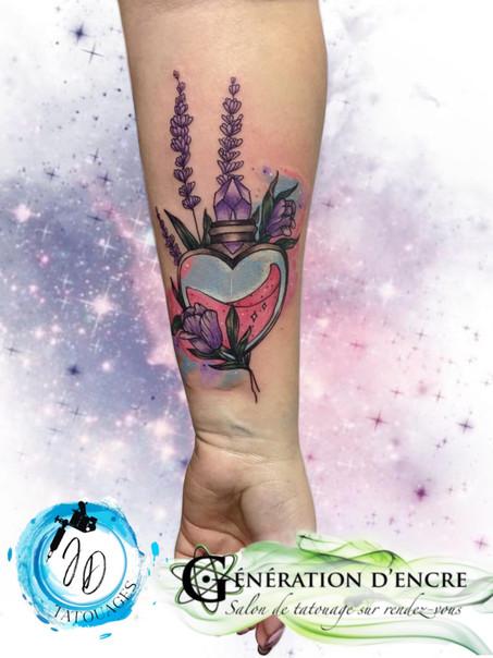Jasmine dusseault tattoo artist Sherbrooke generation d'encre Atomik wave care during after tattoo