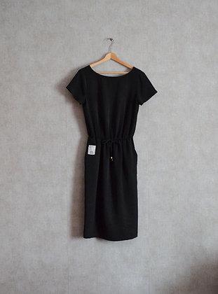 Sukienka midi z kieszeniami M - L
