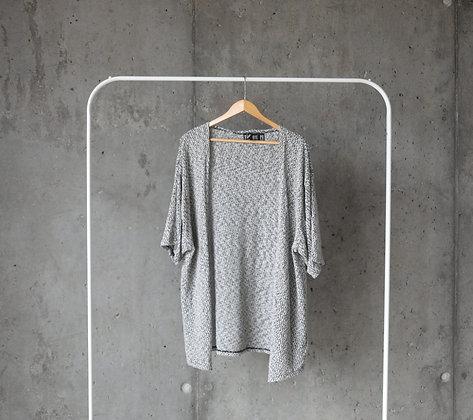 Sweterek niezapinany XL / XXL