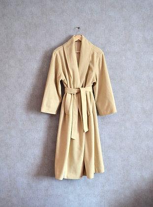 Kremowy płaszcz z wełną L - XL