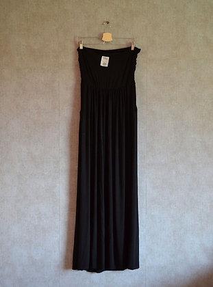 Sukienka czarna wieczorowa z kieszeniami L
