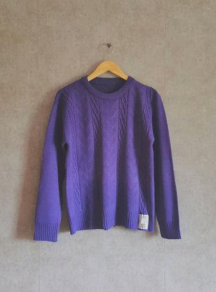 Uroczy fioletowy sweterek M