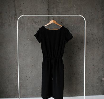 Zgrabna sukienka midi z kieszeniami
