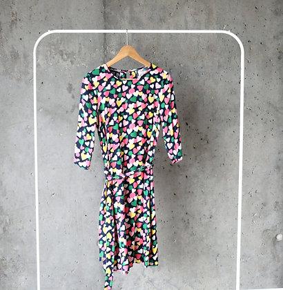 Urocza sukienka w serduszka L