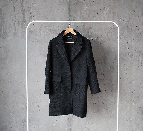 Elegancki czarny płaszcz M