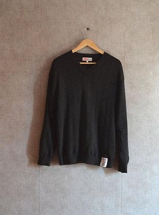 Sportowy czarny sweterek z wełną S - M