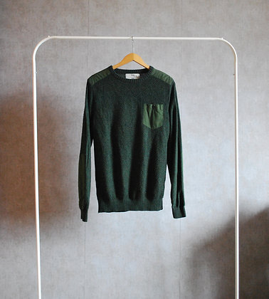 Sweter zielony z kieszenią M