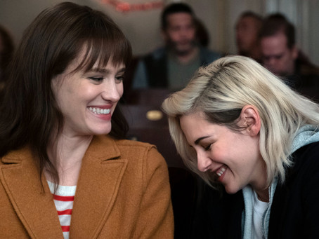 Movie Review: Happiest Season (2020) - If you're happy and you know it, then reveal your secret.