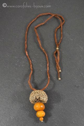 collier-bronze-doré-ambre.jpg