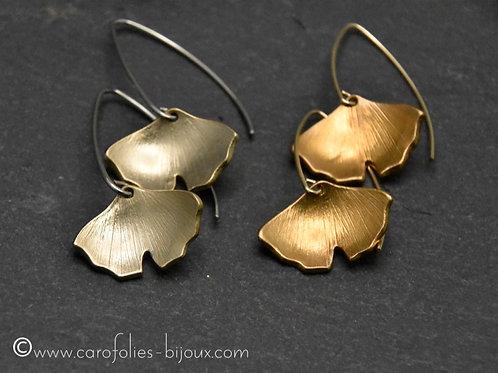Boucles d'oreilles ginkgo petit modèle en bronze