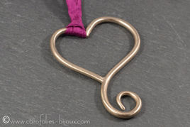 026-Amor-collier-bronze-blanc-coeur-colo
