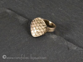 008-Carreaux-Bague-bronzeblanc.jpg