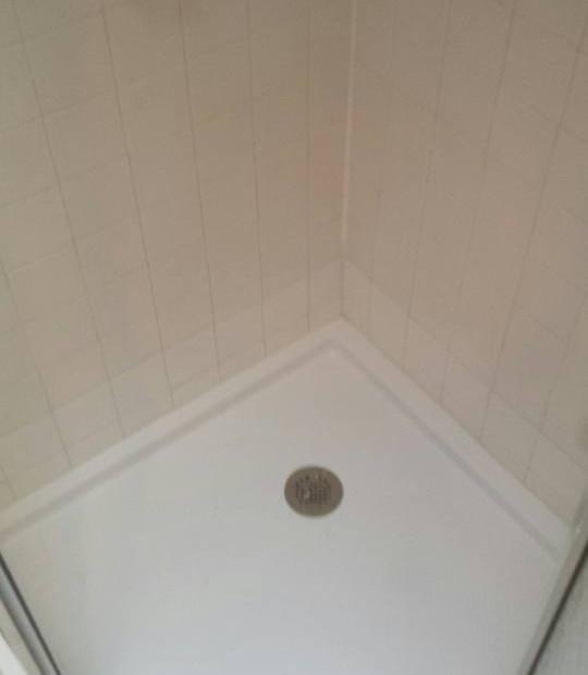 Neo Angle Shower Pan