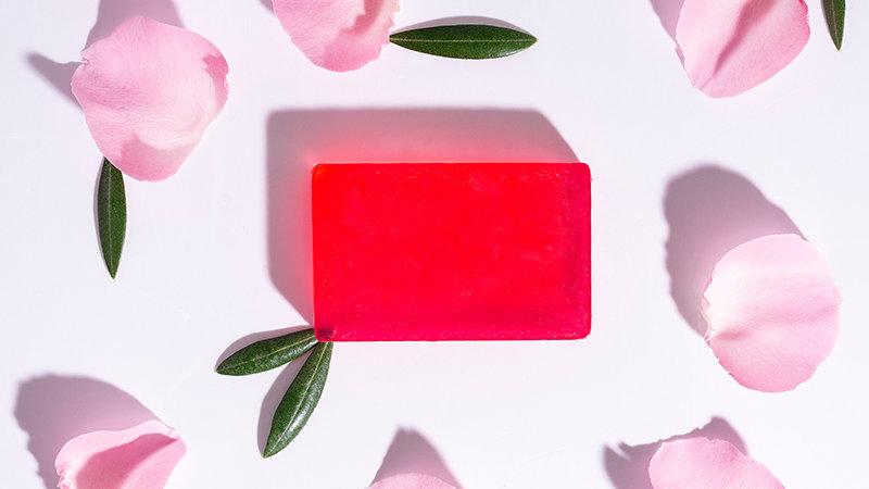 Χειροποίητο Σαπούνι με βιολογικό Λάδι Ελιάς & λάδι τριαντάφυλλου 100gr