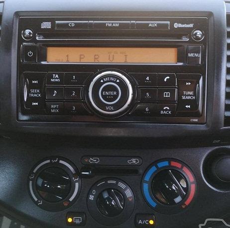 Micra Clarion radio