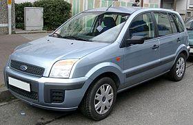 Ford Fusion (2002-2012).jpg