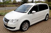 VW Touran (2006-2010).jpg