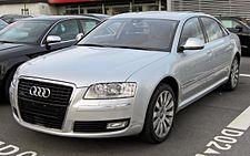 Audi A8 II (2002-2009).JPG