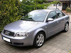 Audi A4 B6 (2000-2005).jpg