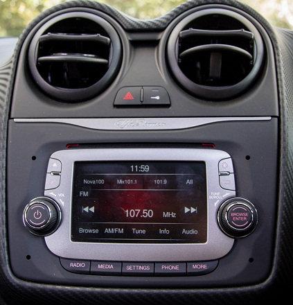 Alfa romeo 955 VP2 Continental radio code