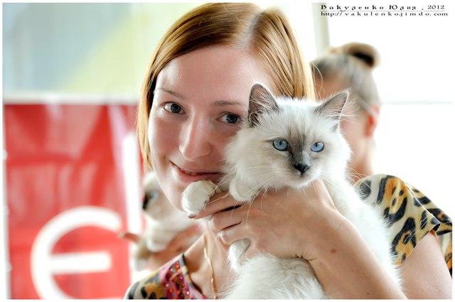 Бьянка с хозяйкой, Киев, 5,5 мес.