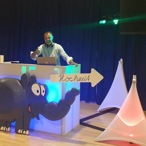 DJ Tomy Technik
