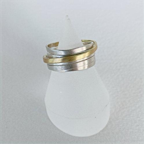 Ribbon Ring Gold