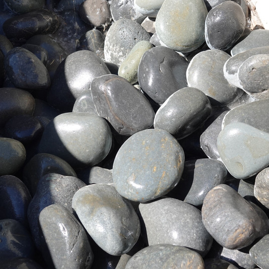Black Mexican Pebbles