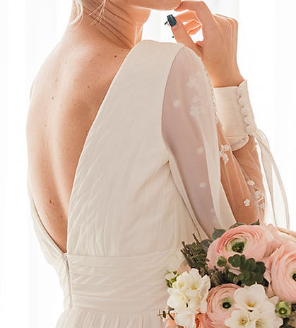 Wedding-Dress-01-421x466.jpg