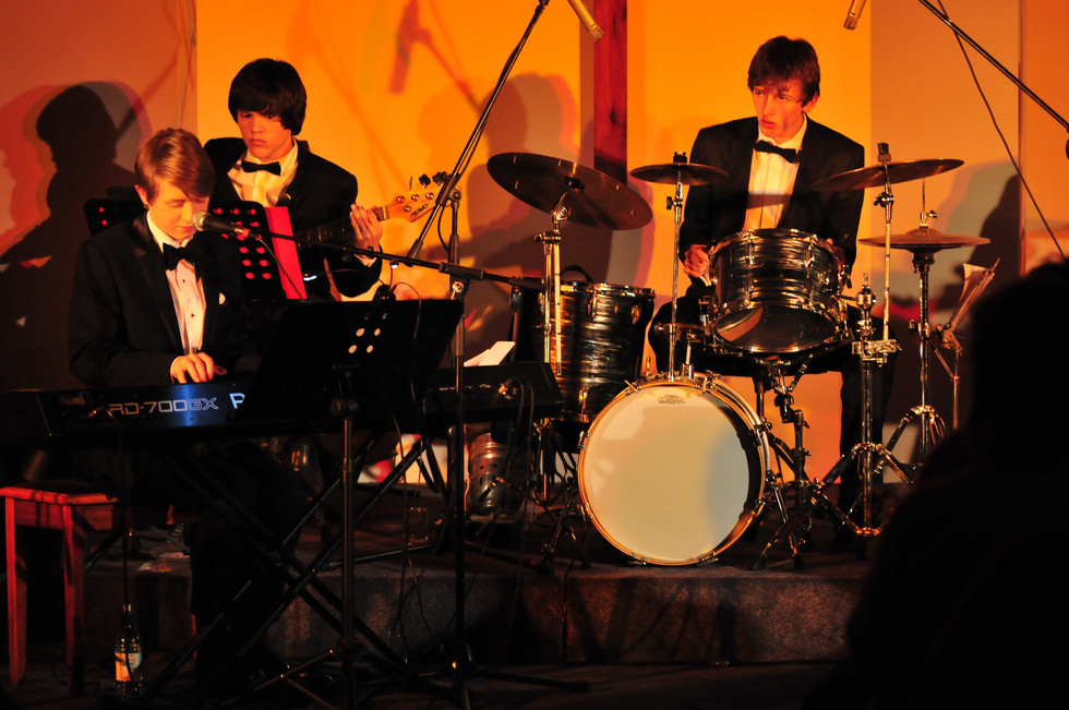 Sam Jewison Trio Events